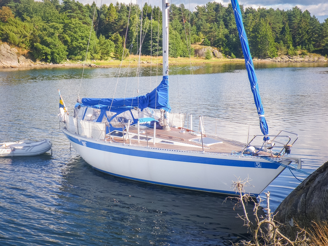 Sweden Yachts 34
